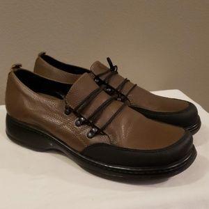 Dansko Shoes Size 10.5